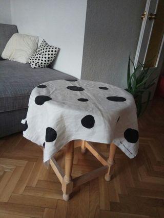 mesa redonda auxiliar madera 55cm alto 50cm diamet