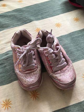 Zapatillas numero 25