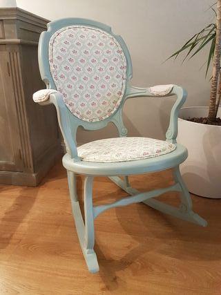 Mecedora sillas, comoda, mesa, butaca, aparador