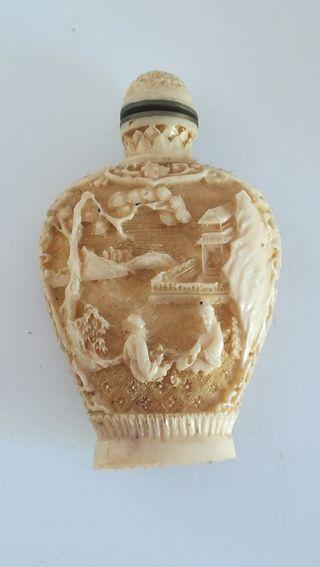 Antiguo Perfumero cinabrio