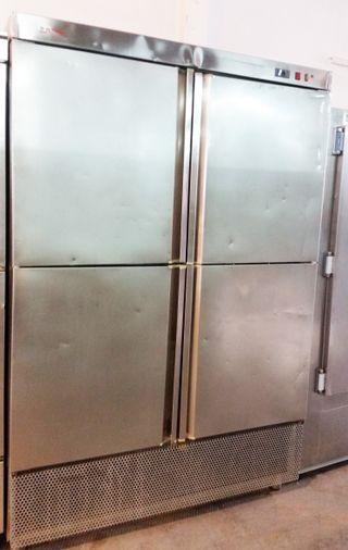 armario puerta de acero inox