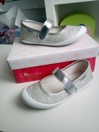 Zapatos 27