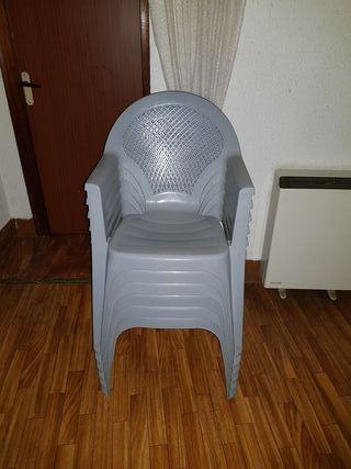 se venden sillas de terraza