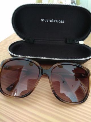Gafas de sol en perfecto estado nuevas