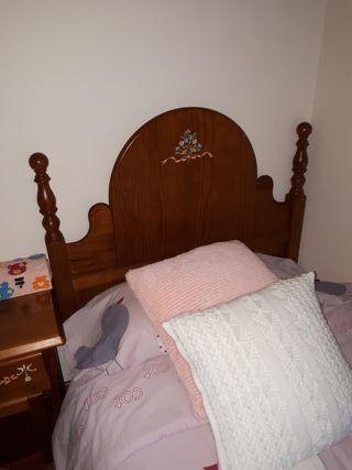 Cabezal cama y mesilla madera maciza