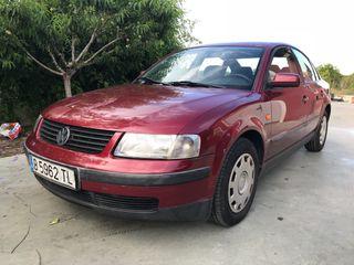 Volkswagen Passat 1.8i