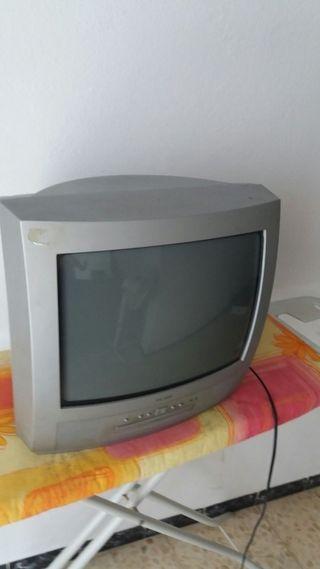 "Televisor de 14"" (pulgadas)"