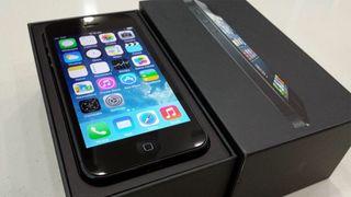 Iphone 5 negro.