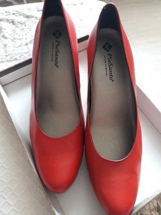 Zapatos mujer rojos n 41