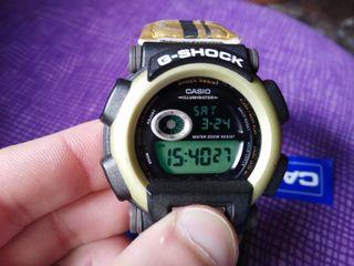 reloj casio vintage g-shock dw-003 amarillo