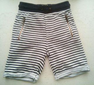 Pantalón corto/ bermudas niño Zara