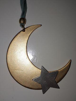 collar verde luna y estrellas