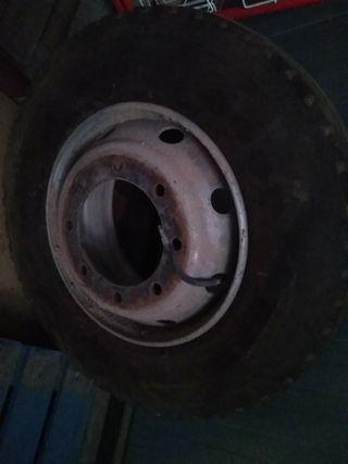 ruedas 285/70R19.5 con llanta