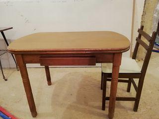 Mesa+ REGALO 2 sillas