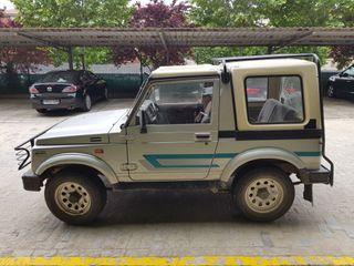Suzuki Samurai 1990