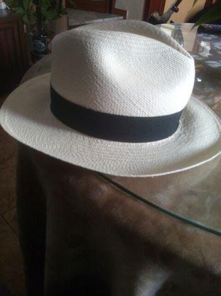 Sombrero panama de segunda mano en la provincia de Sevilla en WALLAPOP 849051a5580c