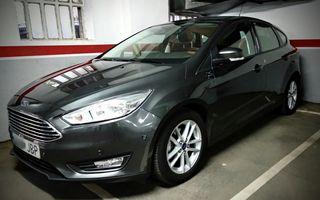 Coche Ford Focus '14 en venta.