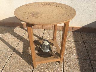 Mesa de camilla con brasero