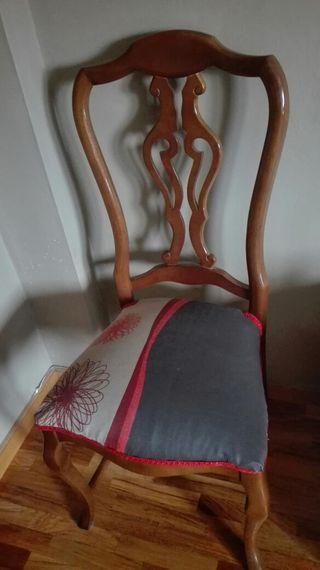 4 sillas de comedor... 10e unidad..30e las 4