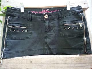 Minifalda con cremalleras laterales 40
