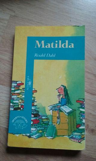 """Libro """"Matilda"""""""