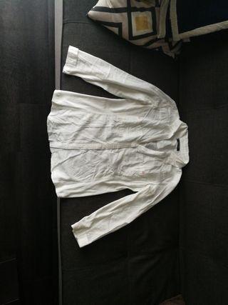 Camisa blanca de Mango