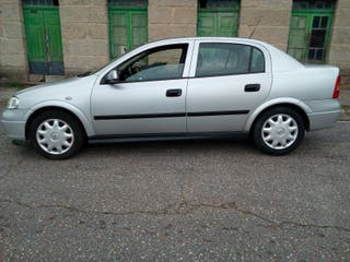 Opel Astra 1999 1.6 gasolina
