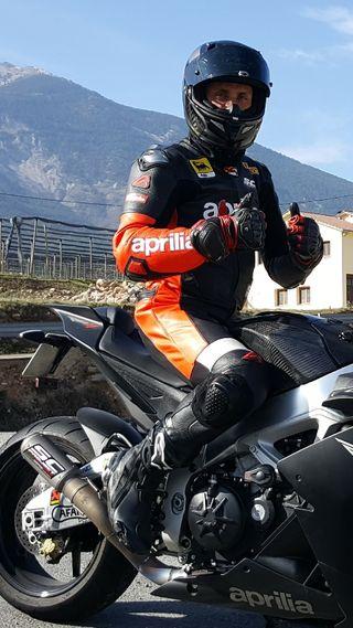 Equipación de moto Aprilia