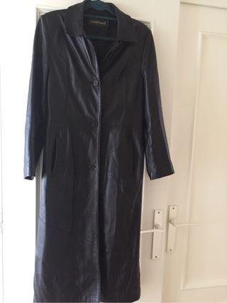 Gabardina / Abrigo largo gótico piel negra