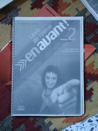 Libro francés 2° Bachillerato/ En avant