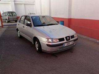 Seat ibiza 1.4 stella 75cv Gasolina