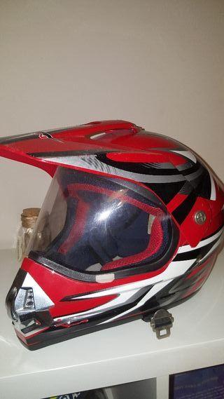 casco marca CAN talla 57 58