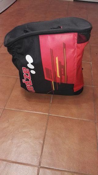 Botas de esquí y su bolsa