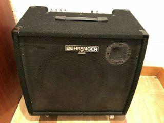 amplificador de teclado behringer