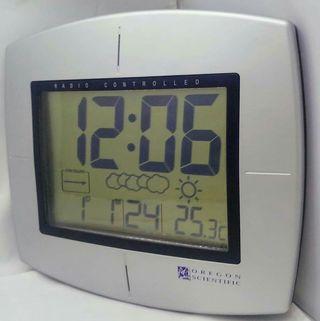 Oregon Scientific JM828WF-IT Reloj Alarma