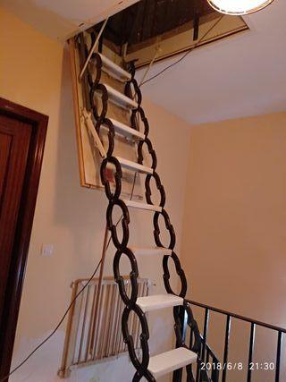 Escalera plegable para altillo de segunda mano por 85 en - Escalera plegable altillo ...