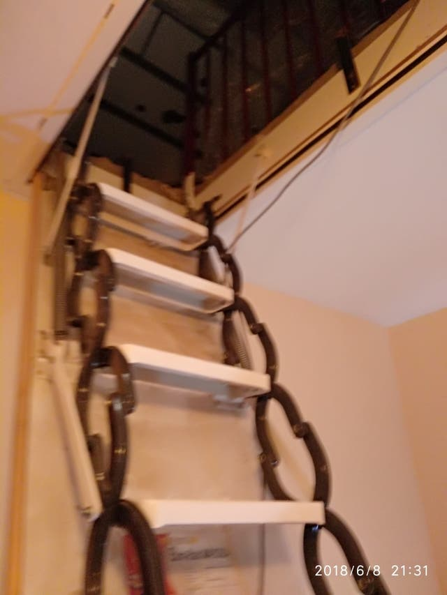 Escalera plegable para altillo de segunda mano por 100 - Escalera plegable altillo ...