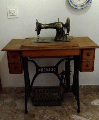 Máquina de coser - Rebajado