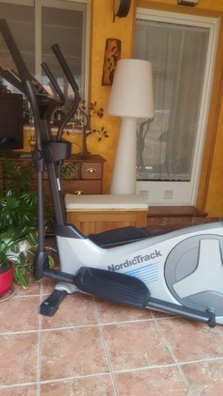 Bicicleta elíptica alta gama Nordictrack E 4.0