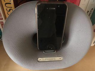 IPhone 4s + altavoz