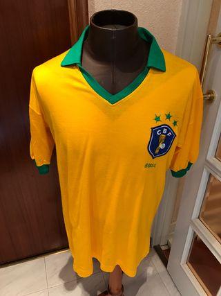 Antigua camiseta de Brasil