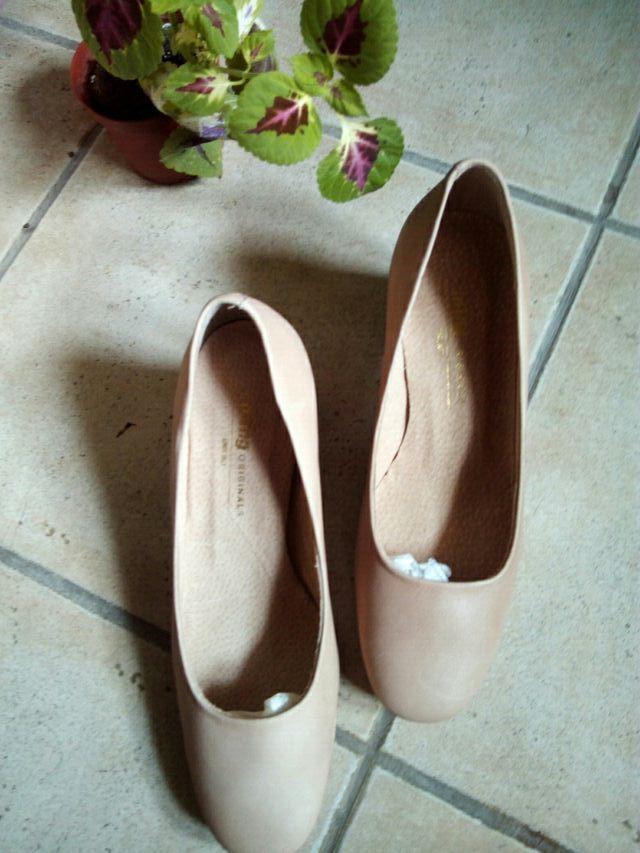 zapatos Nuevos N-39.