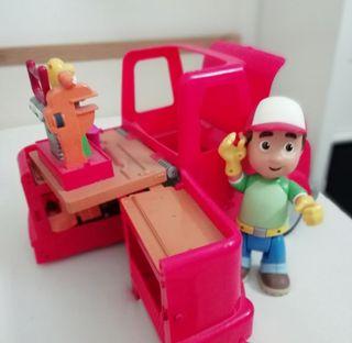 Bob Manitas y camión.