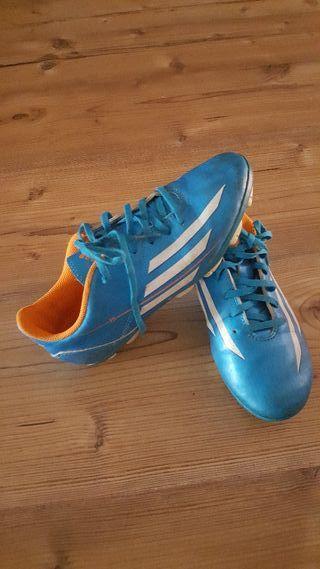 zapatos de tacos fútbol