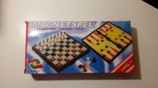 Ajedez, Damas Y Backgammon