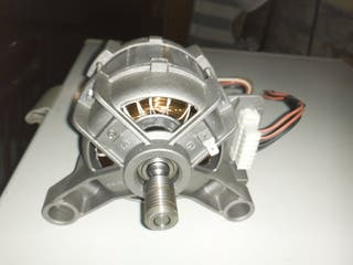 motor de lavadora Indesit casi nuevo