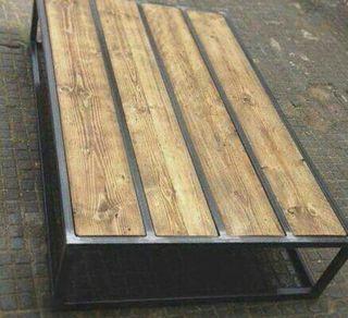 taburetes y mesas estilo rustico