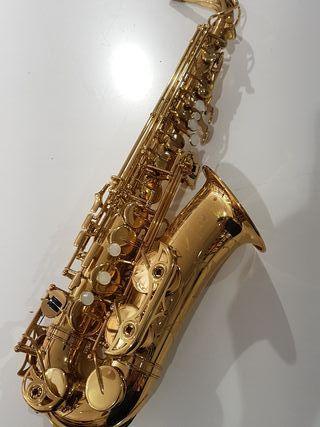 Saxofon Alto Yamaha Yas 62