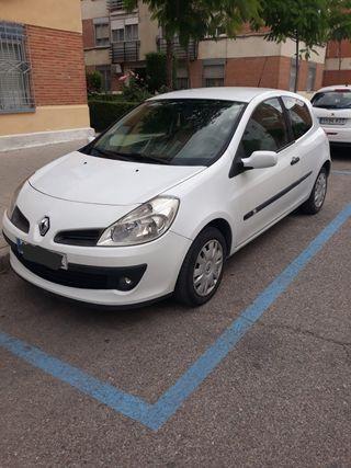 Renault Clio diesel 2005 unico dueño