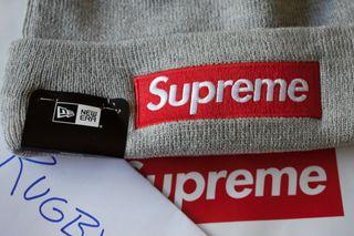 Gorro Supreme x New Era Box Logo gris